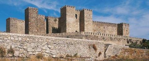 r_castillo_trujillo_t1000368.jpg_369272544
